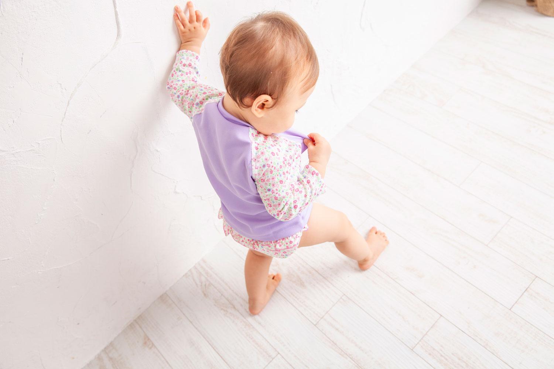1歳の赤ちゃんが着る長袖ラッシュガード
